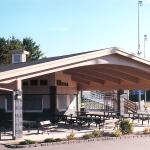 Swan Park Sports Complex - Exterior