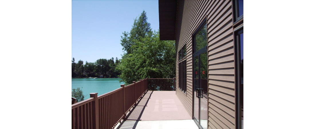 Spencer-Lake-commercial-architect_camp_Dining-Hall-exterior-deck-view-1100x450.jpg