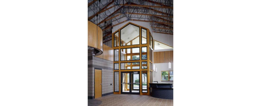 commercial-architect_wausau-boys-and-girls-club_vestibule-1100x450.jpg