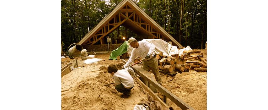 michigan-residential-architect_custom-home_konopka-cabin_exterior-Back.jpg