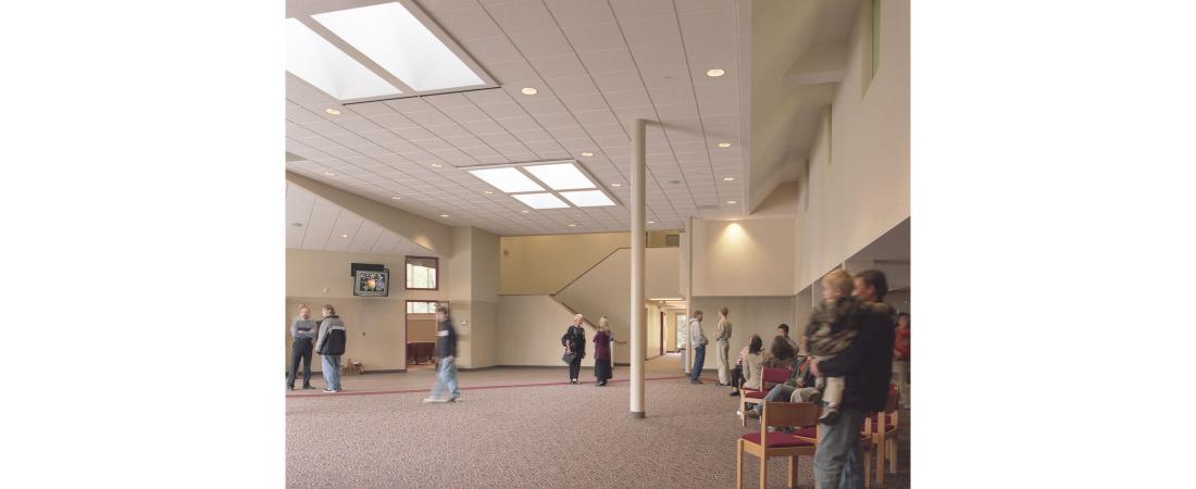 minnesota-architect-church_north-haven-church_lobby-02-1100x450.jpg