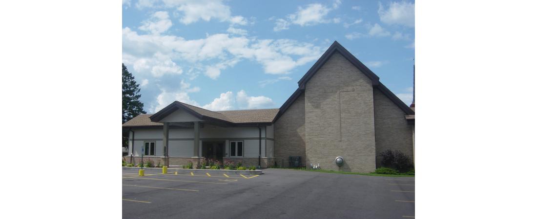 wisconsin-architect-church_st-pauls-lutheran-church_exterior-1-1100x450.jpg